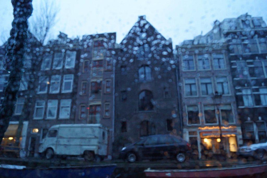 landausflug-amsterdam-regen